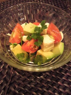 アボガドと豆腐のエスニックサラダ