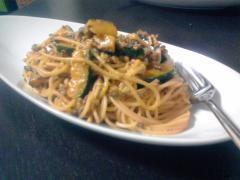 カボチャとひき肉の味噌風味スパゲティ