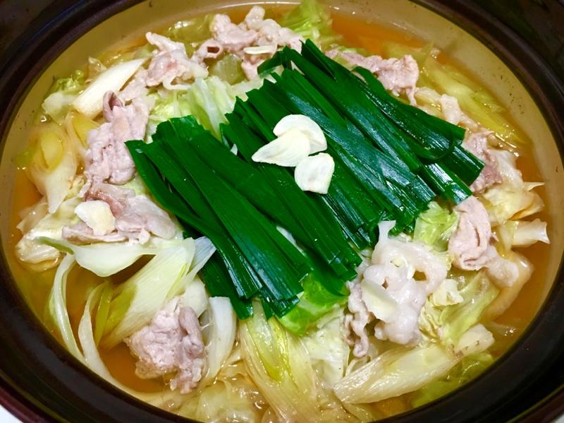 鶏ももと豚こま♪キャベツの甘味たっぷり鍋♡ レシピ・作り方 by *kuuuma*|楽天レシピ