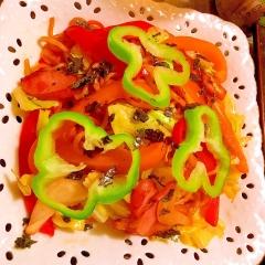 ウィンナーと彩野菜の旨辛コチュジャンソース焼きそば