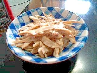 ごぼうと納豆のサラダ