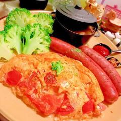 トマトの麹味噌マヨオムレツ