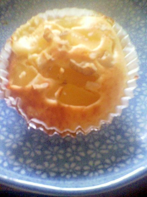 りんごとくるみのカップケーキ