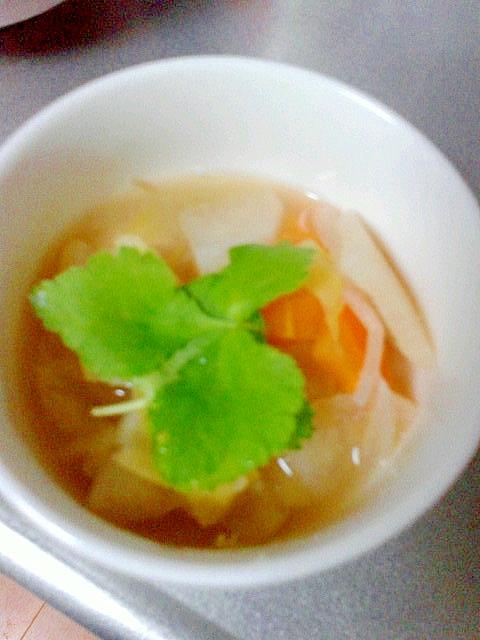 簡単おいしい☆野菜たっぷりスープ♪
