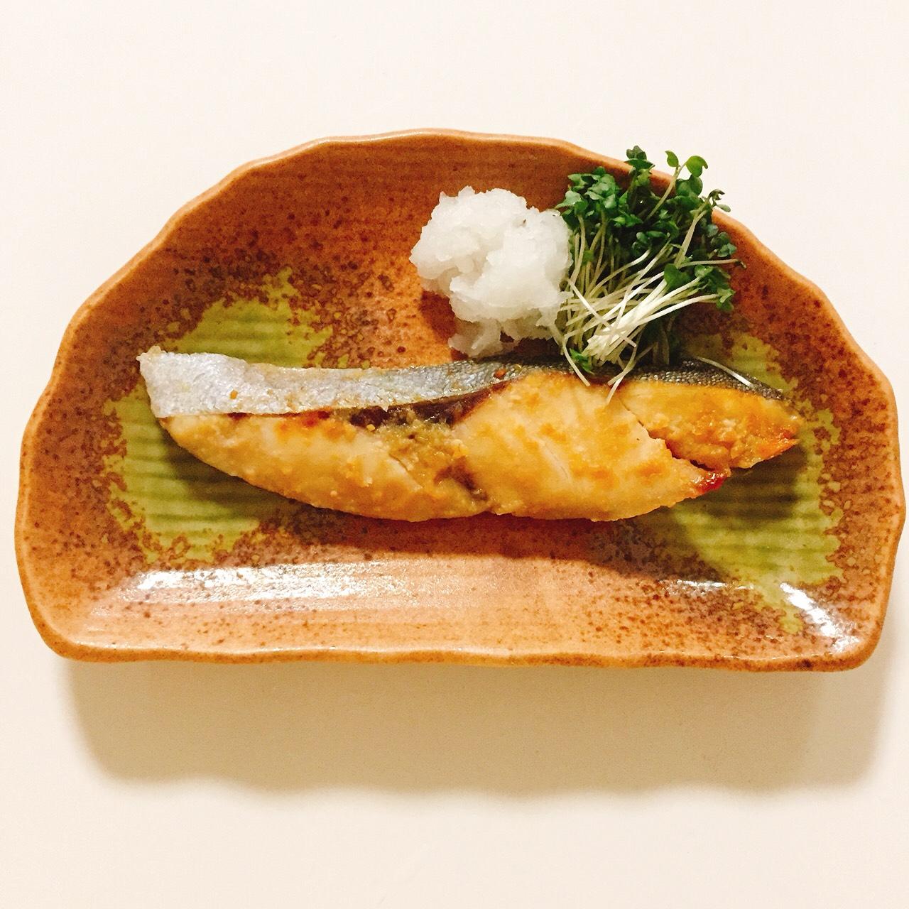 6. カンパチの西京焼き