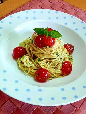 フルーツトマトの冷製ジェノベーゼ