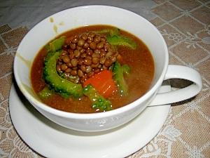 ゴーヤとひよこ豆のカレースープ