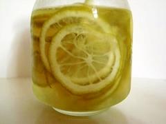 青レモンの砂糖漬け
