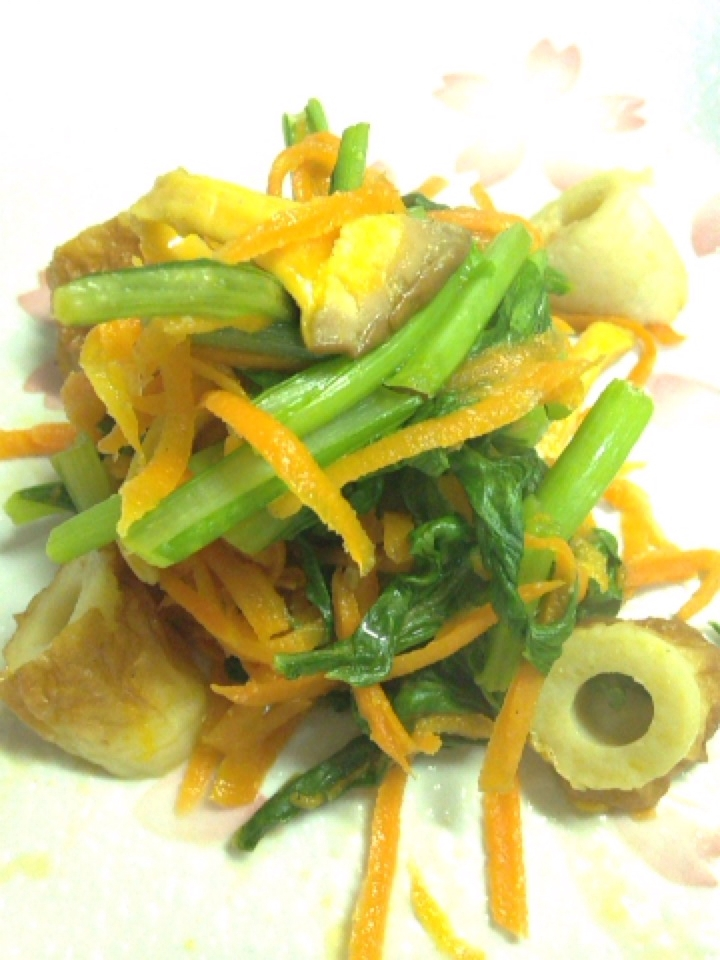 小松菜と人参、ちくわの塩麹炒め