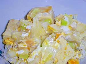 高野豆腐と長ネギの卵とじ丼
