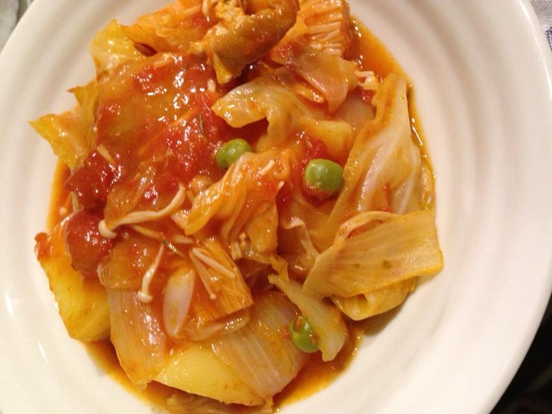 ルクルーゼで野菜のトマト煮込み