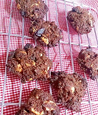 【糖質制限】珈琲チョコピーナッツ★ドロップクッキー