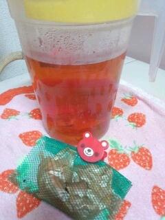 玉ねぎの皮で★デトックスできる簡単出汁@玉ねぎ茶