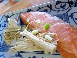 鮭にがり野菜焼き
