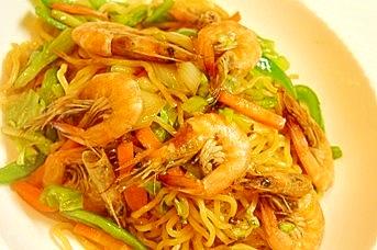 本格屋台味、カリカリえびの上海風焼きそば