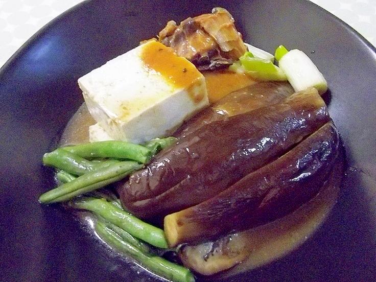 レンジで簡単♪さば味噌煮缶deなすと豆腐の煮物