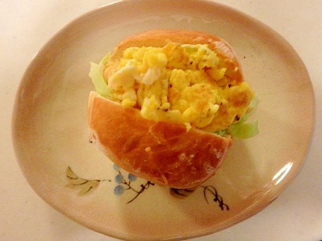 コストコのディナーロールで★卵サンド