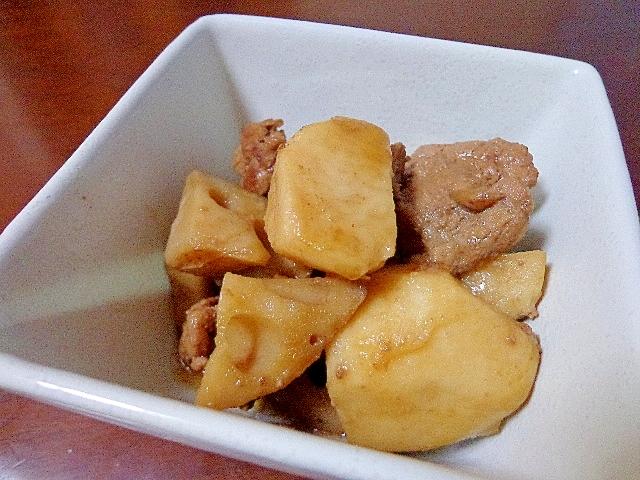 蓮根里芋牛肉の生姜煮
