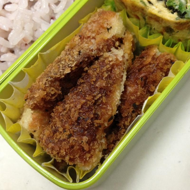 【お弁当】竹輪のバジル風味パン粉焼き