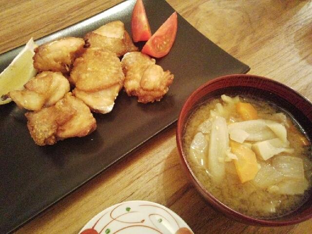 和食定番メニュー☆豚汁とノンフライ唐揚げ