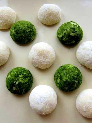 2. アーモンドプードルなし◎ 片栗粉のスノーボールクッキー