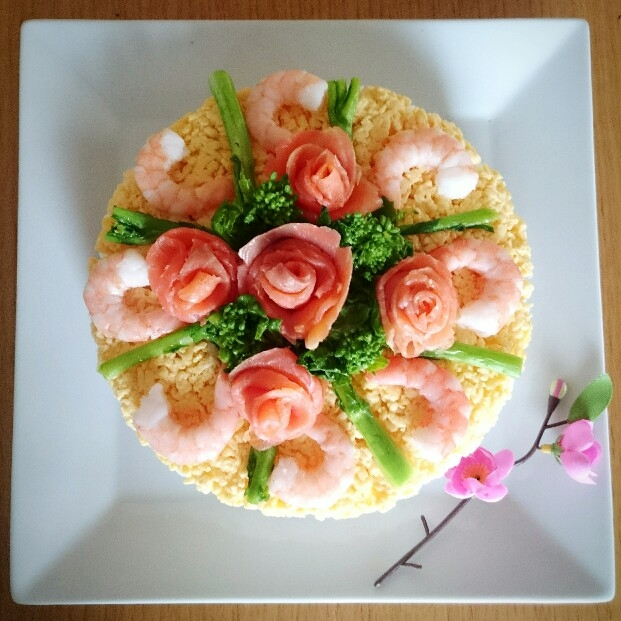 懐かしいあの味♡ちらし寿司ケーキ レシピ・作り方