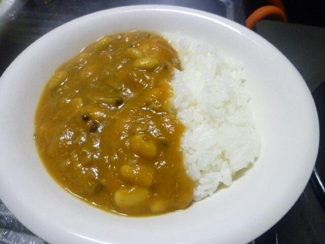 ダイエットにも!肉、油なしの旨味たっぷり野菜カレー