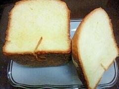 生クリーム入り食パン