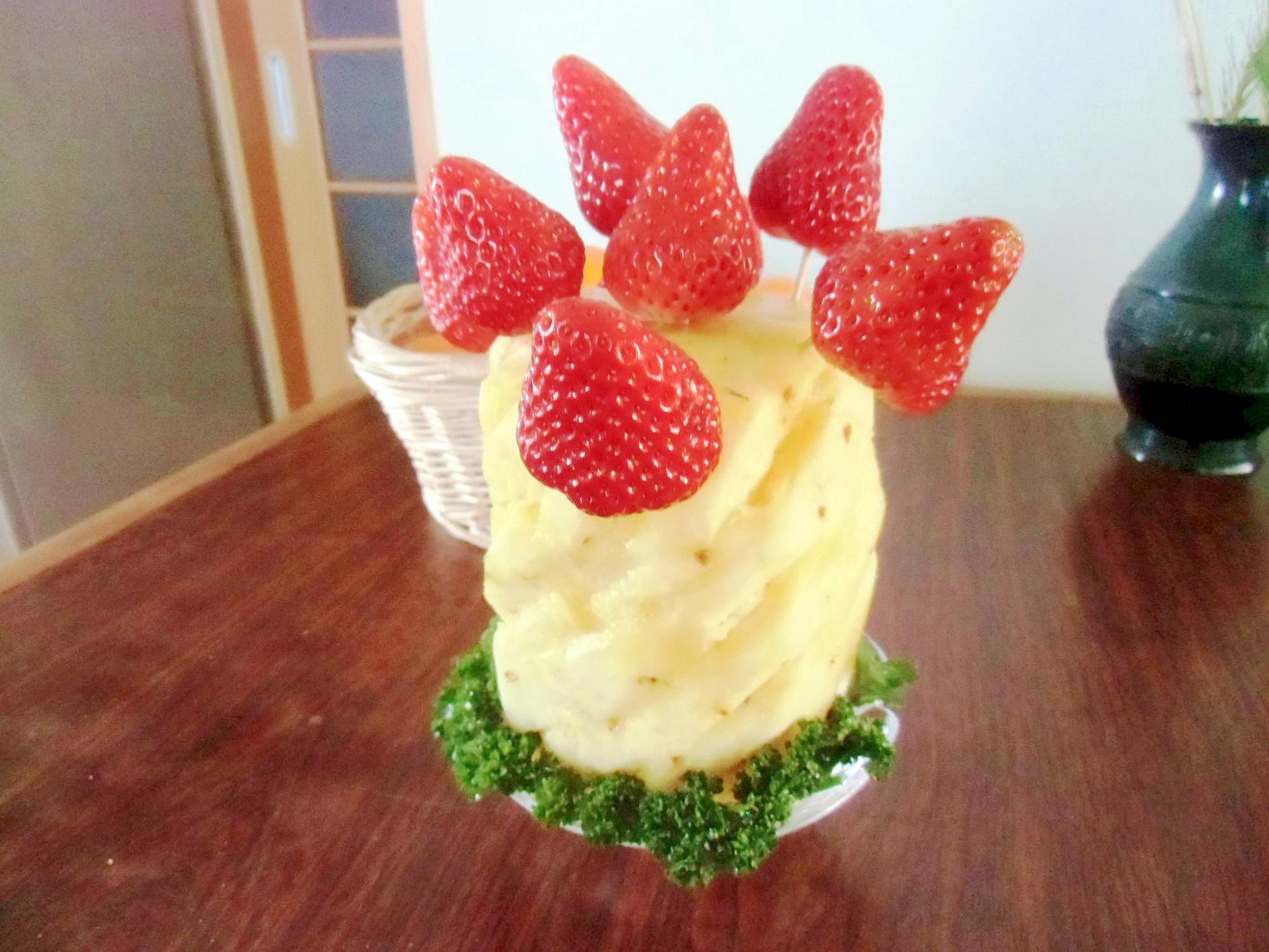パイナップルと苺のプレゼンテーション