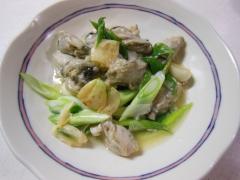 牡蠣とニンニクのバター炒め