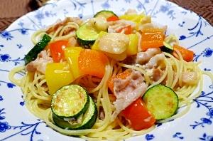 彩り夏野菜のパスタ