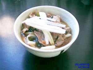 おいしかったおかずの煮汁で作った、梅豚ワカメうどん
