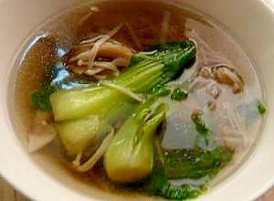 きのこと青梗菜のエスニックスープ