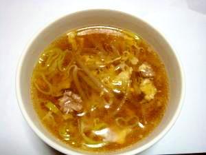 簡単モヤシと豚ひき肉と卵の中華スープ
