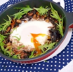 【糖質制限】余ったひじき煮リメイク★和風巣ごもり卵