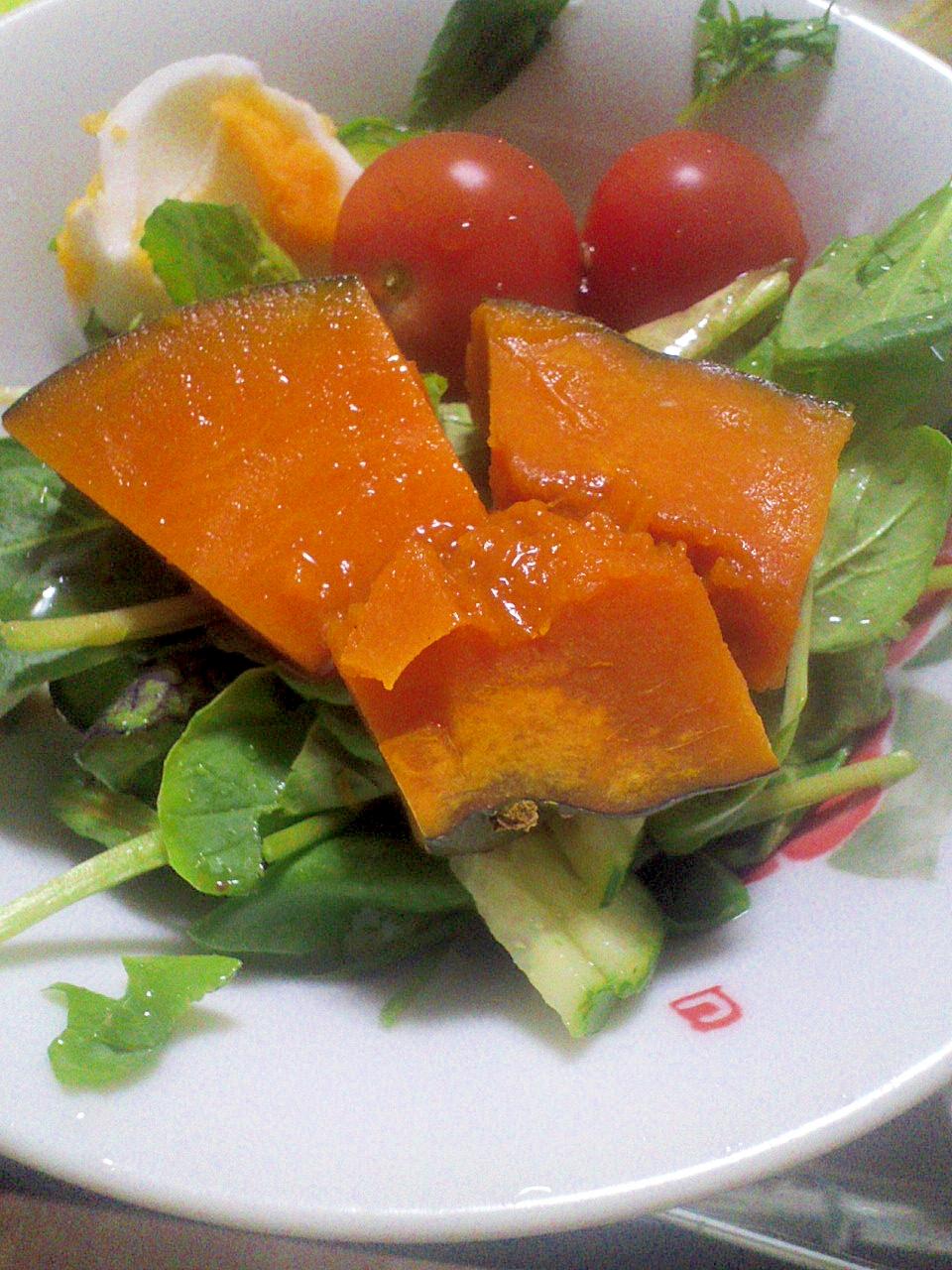 栄養たっぷり☆かぼちゃ&ゆで卵のヘルシーサラダ