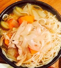 ローストチキンリメイク☆野菜とお肉入りのそうめん
