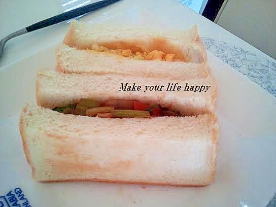 焼きそばサンドイッチ