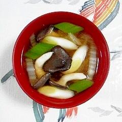 白菜とひらたけのお味噌汁