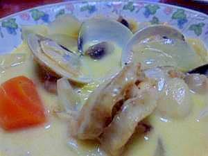 ホタテとハマグリのクリームスープ