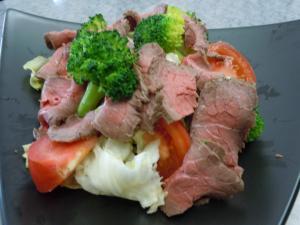 ボリューム満点☆ローストビーフのサラダ