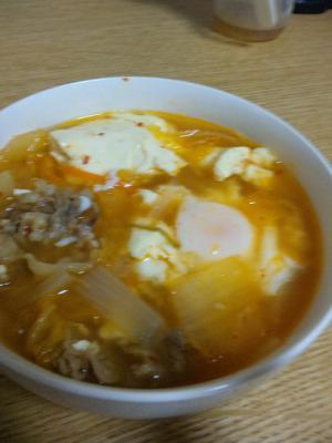 家にあるもので☆スンドゥブ風キムチスープ
