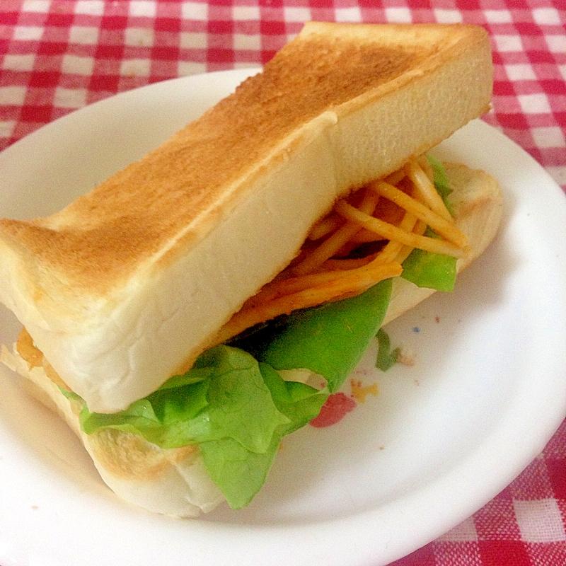ナポリタンのサンドイッチ