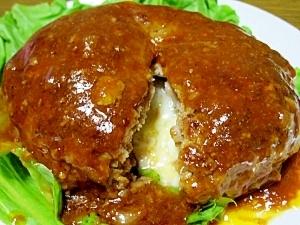 チーズ イン ハンバーグ 作り方
