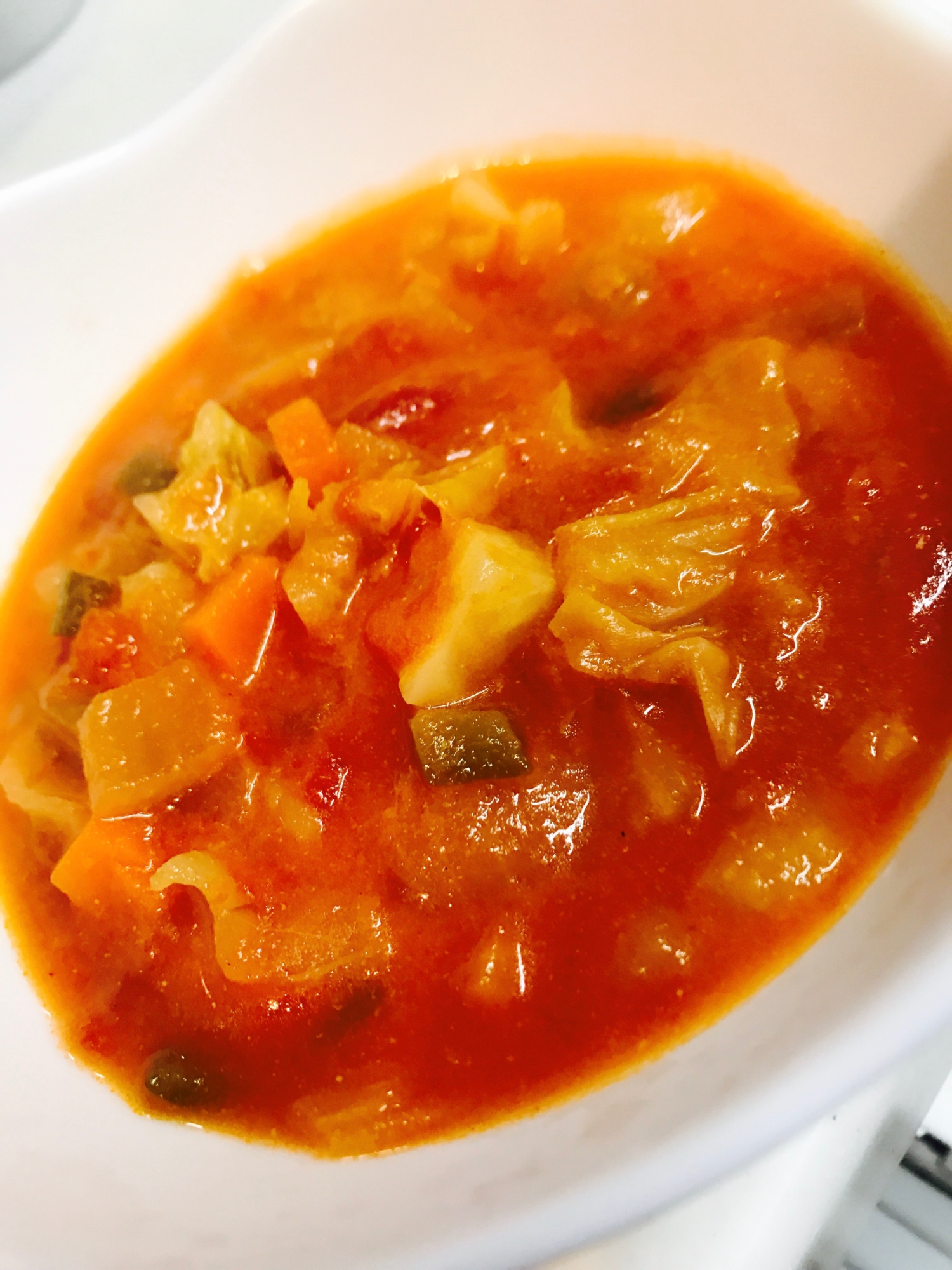 5. たっぷり野菜のクリーミートマトスープ