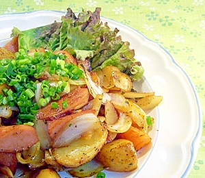 魚肉ソーセージのジャーマンポテト