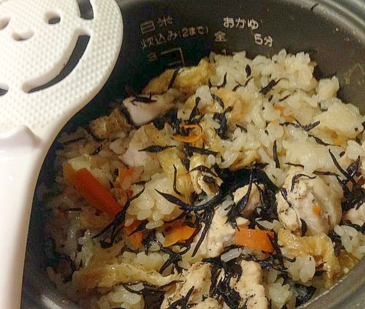 簡単で美味しいひじきの炊き込みご飯