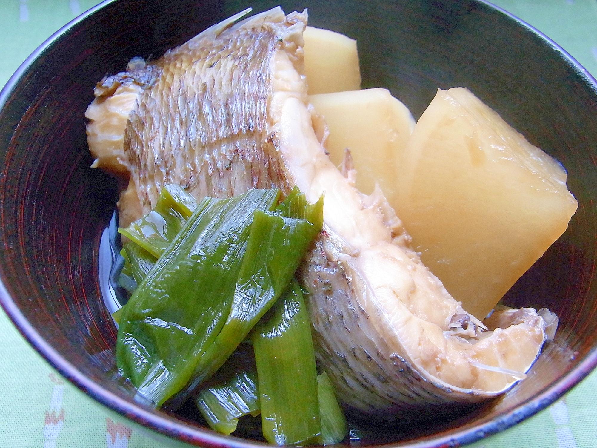 鯛のあらと大根のあっさり煮