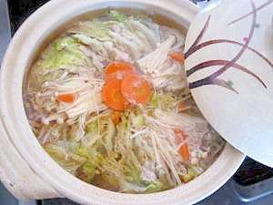 白菜と鶏肉のミルフィーユ鍋