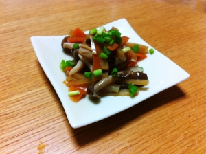 ゴマ油だけで作れる小鉢レシピ。